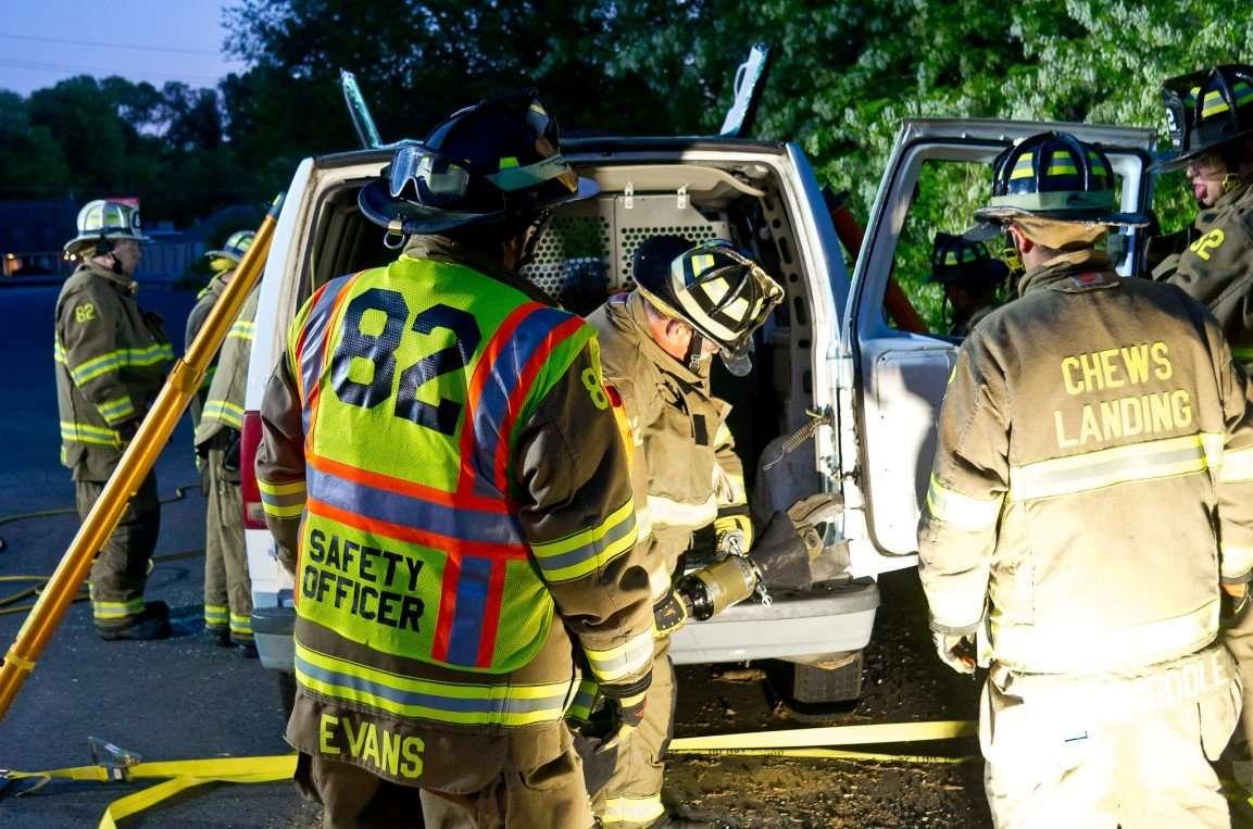 Chews Landing Fire Dept  Vehicle Extrication Training